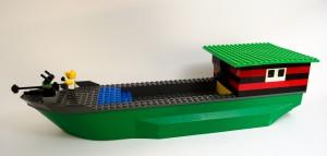 Angrepsskip laget av Aron Alexander