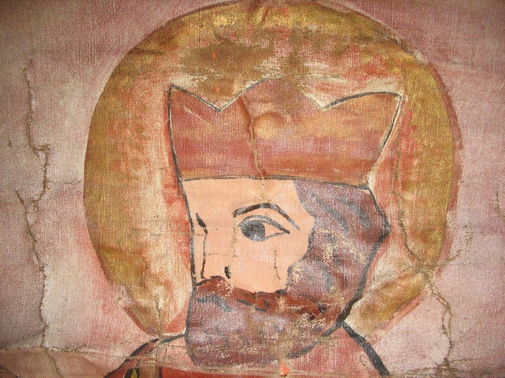 Olav den hellige – detalj fra Olavsfane BrM.11593. Foto: Mona Beate B. Vattekar