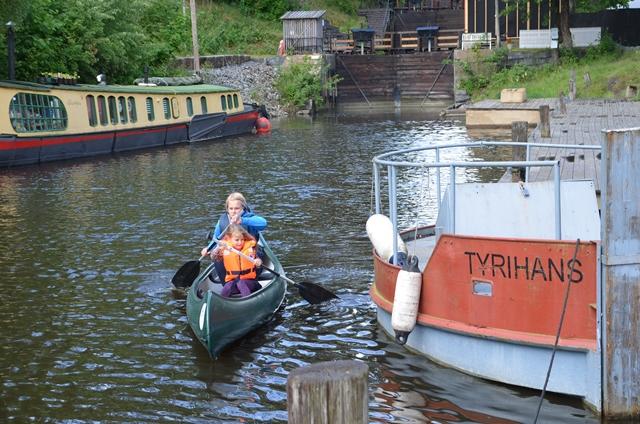 Foto: Desirée NævdalSpennende utgangspunkt for en padletur i Haldenkanalen (Foto: D. Nævdal)