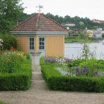 Stemningsbilde fra Renessansehagen og lysthuset. Foto Fredrikstad Museum