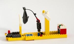 «Leviatan» en seilskute med fiskearm, kanon og master laget av Sondre, Petrus og Shell