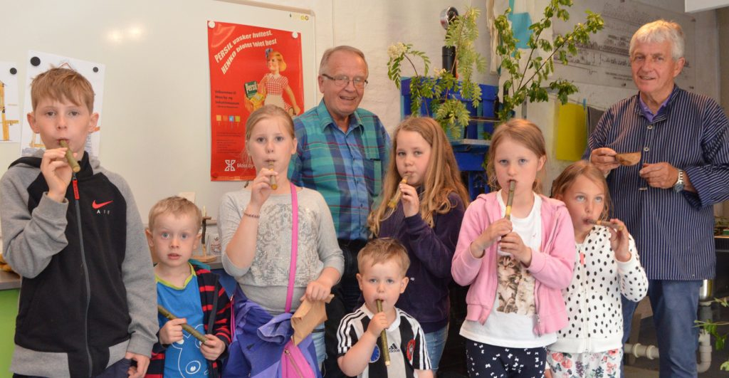 Fløyteorkester! Foto: Trine Gjøsund